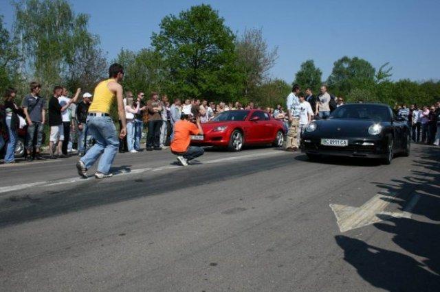 Mazda RX8 vs Porsche 997 turbo