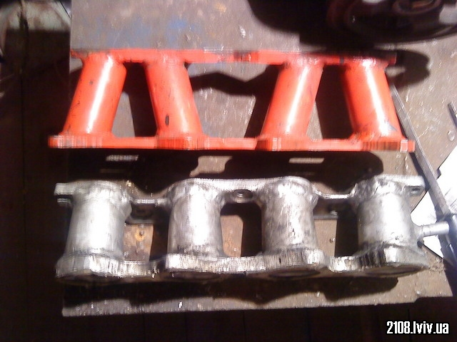 Впускні коллектори ВАЗ 2101 і ВАЗ 2112 16v